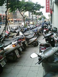 バイクの列