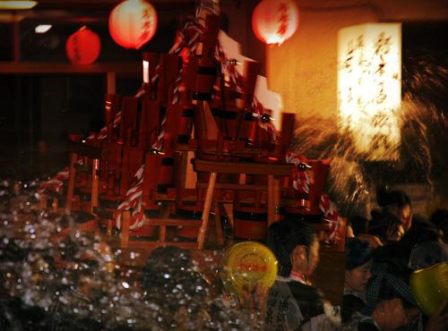 湯河原温泉「湯かけまつり」の神輿