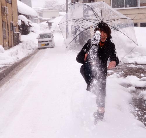 米沢旅行/雪を蹴る