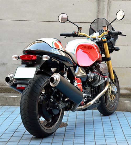 MotoGuzzi V11 Coppa Italia 右斜め後から