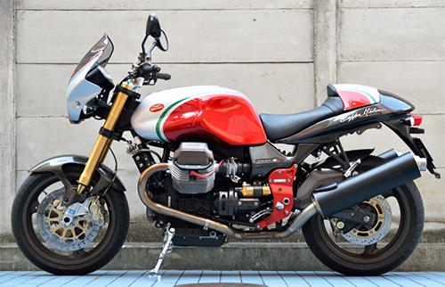 MotoGuzzi V11 Coppa Italia 左真横から