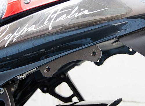MotoGuzzi V11 Coppa Italia 用ワンオフ・クラウザートップケース用ステー11