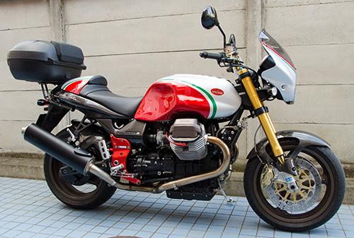 MotoGuzzi V11 Coppa Italia 用ワンオフ・クラウザートップケース用ステー14