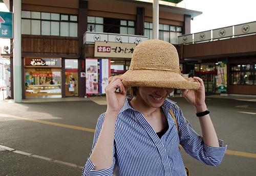 広島駅前で買った麦わら帽子