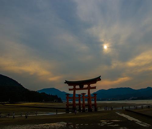 厳島神社鳥居1