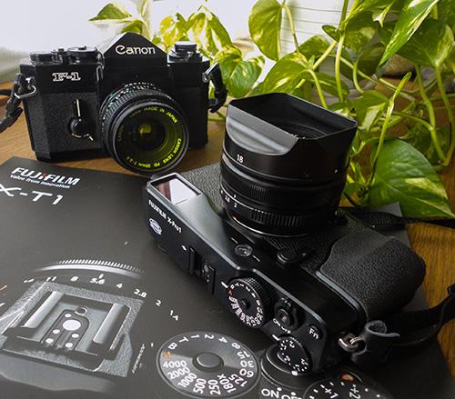 X-Pro1とF-1(とX-t1のカタログ)