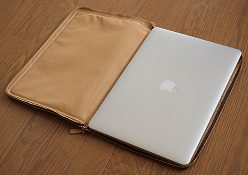 MacBookPro Retina/17inch用 ヌメ革ケース3