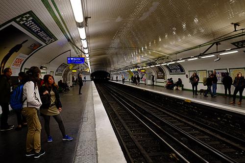 パリ・メトロ/スーヴル・バビロン駅2