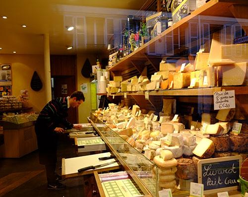 モンパルナスのチーズ屋