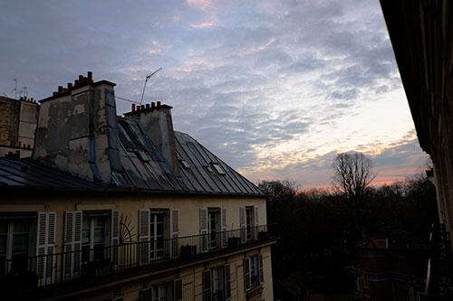 パリ、3日目の夜明け2