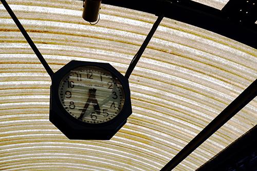 コルマール駅/ホーム時計