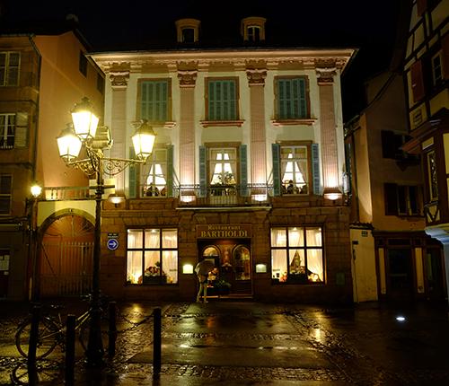 夜の雨のコルマール/夕食をとったレストラン