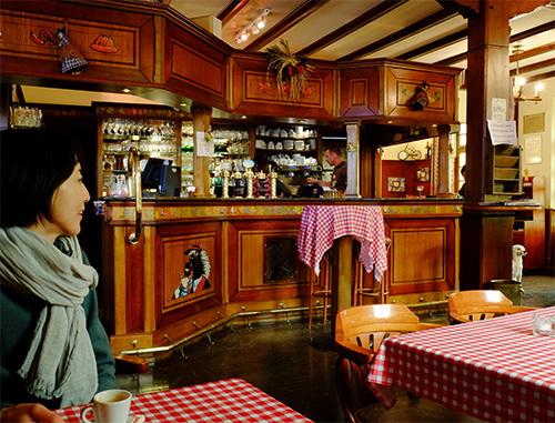 リヴォビレ/カフェで雨宿り1