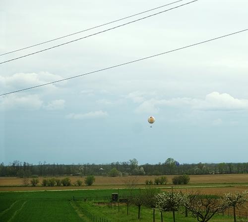 TERの車窓から/気球
