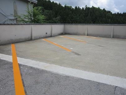 駐車場ライン引き完了.JPG