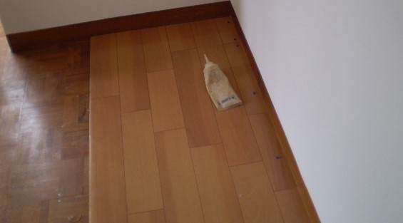 床張り工事中.jpg