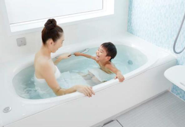 掴みやすいフランジ形状のミナモ浴槽.PNG