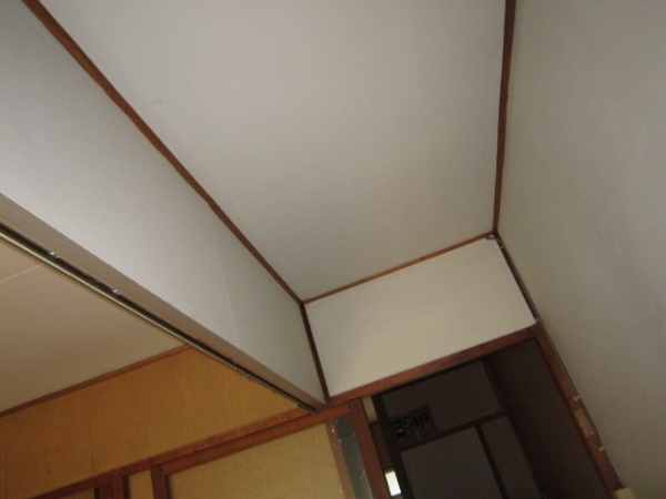 天井塗装前.jpg