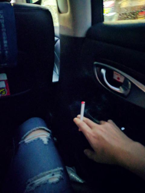 喫煙車で一服