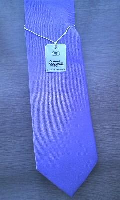 紫ネクタイ