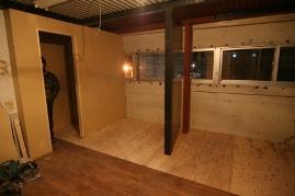 男子更衣室、シャワー室