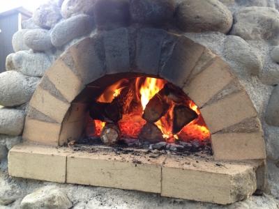 火が入った石窯