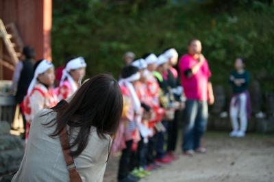 お祭りの子供達を撮影