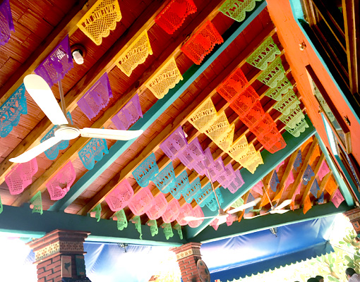 メキシコの切り絵飾りパペル・ピカド入荷