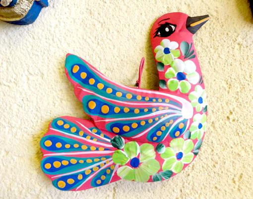 メキシコのカラフルな鳥オーナメント