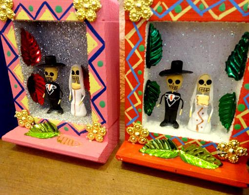 メキシコのカラベラ(ガイコツ)ボックス