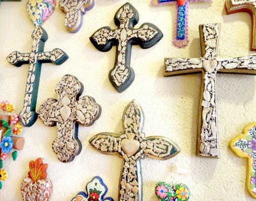メキシコのお守りミラグロの十字架