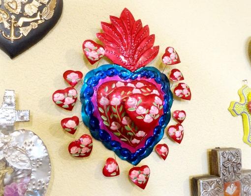 メキシコのブリキのハート飾り