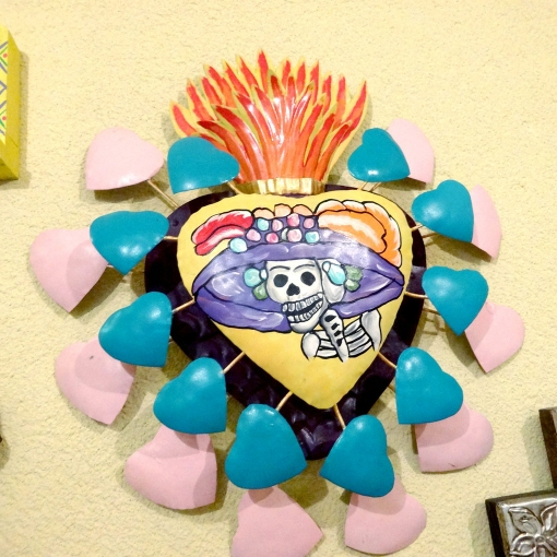 メキシコのガイコツカトリーナのブリキ壁飾り