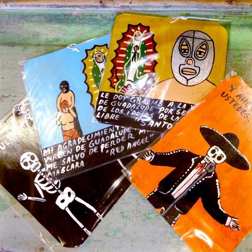 メキシコの奉納画レタブロの壁飾り