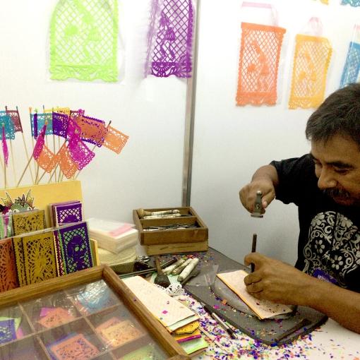 メキシコの切り絵飾りパペルピカド