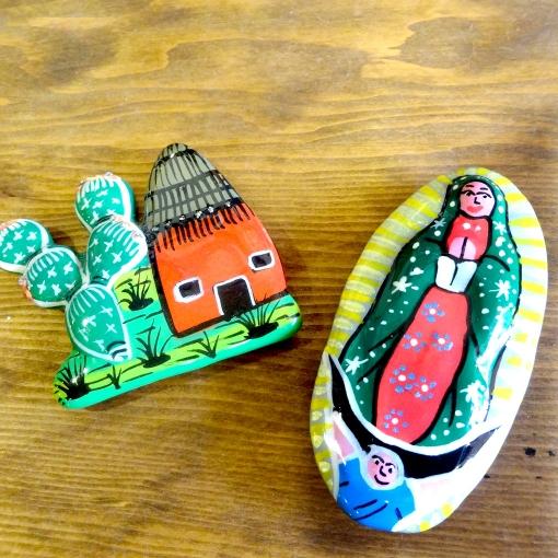 メキシコのサボテンとマリア様の陶器マグネット