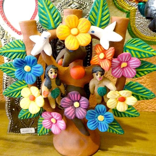 メキシコの工芸品「生命の樹(ツリーオブライフ)」