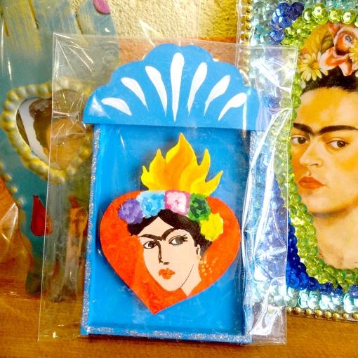 メキシコの画家「フリーダ・カーロ」のミニ壁飾り
