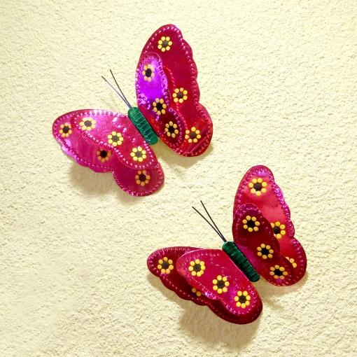 メキシコの蝶のブリキオーナメント