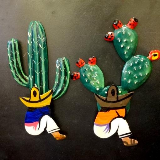 メキシコのサボテンとパンチョさんのマグネット