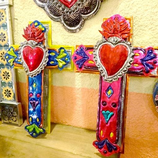 メキシコのブリキの十字架