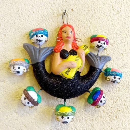 メキシコの人魚とガイコツの壁飾り