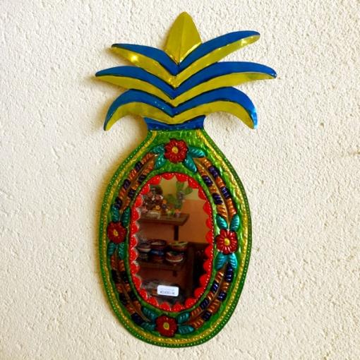 メキシコのパイナップルブリキミラー