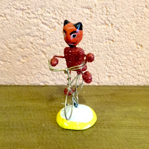 メキシコの赤い悪魔の人形