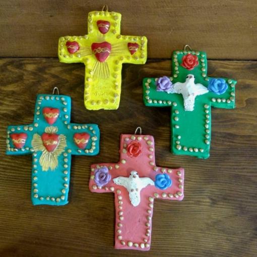 メキシコの陶作家アギラールファミリーの十字架