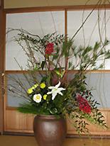 元旦の玄関の花