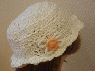 ラメ入りの夏糸の帽子