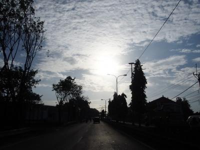 気持ちの良い朝でした。お迎えに来てくれたGさんと笑顔でスラマッパギ〜♪(おはよう)でご挨拶