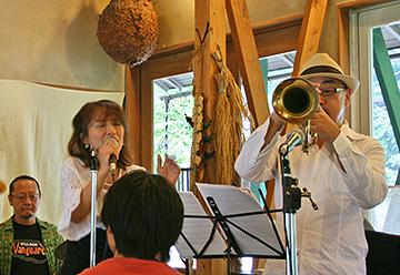 ジャズの演奏2(キッチン四季にて)
