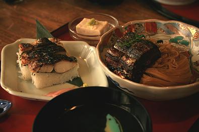 「翼果楼」鯖街道 焼鯖寿司付き